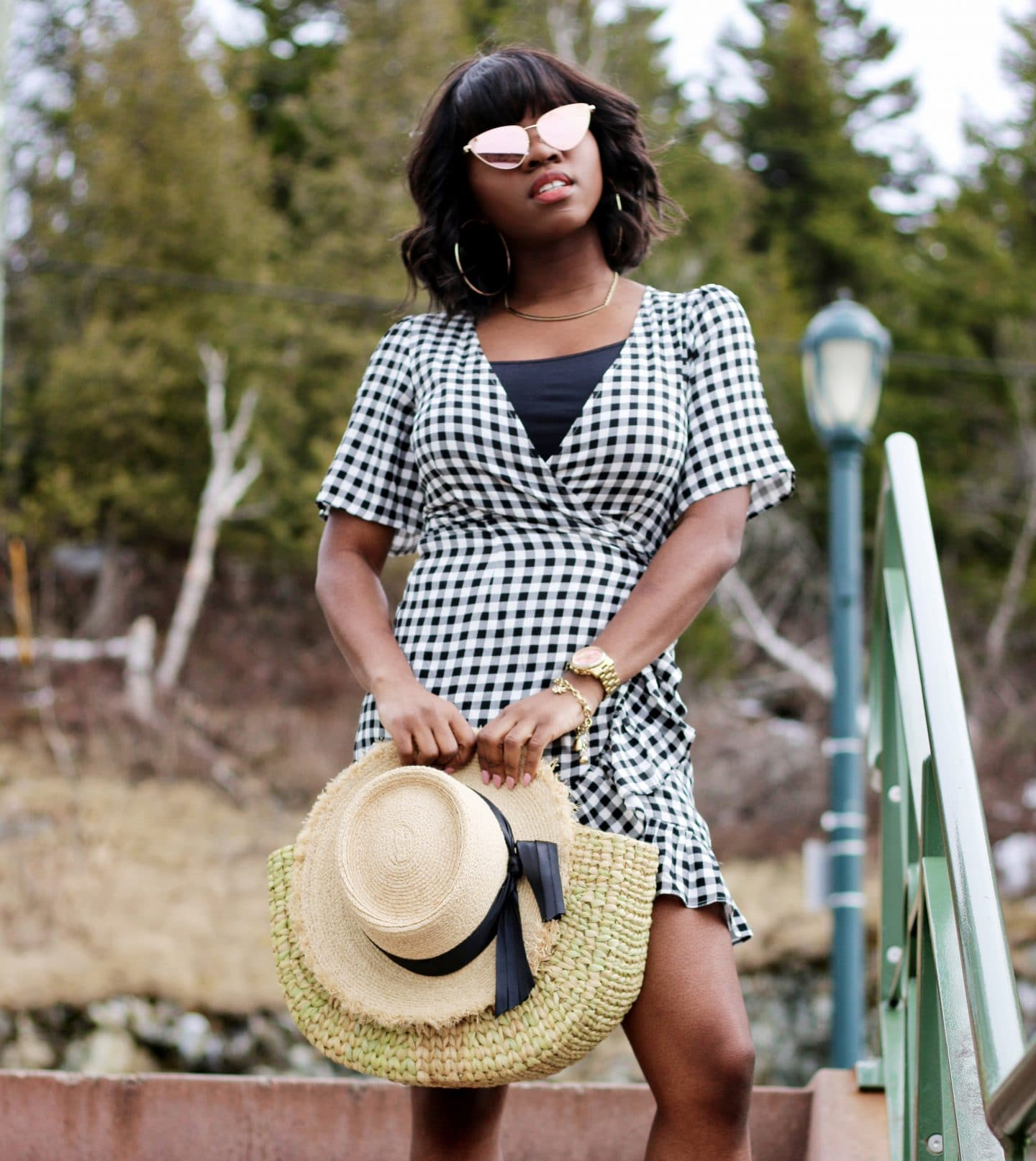 GINGHAM GETAWAY – THE PERFECT PLACE TO WEAR THIS FUN PRINT