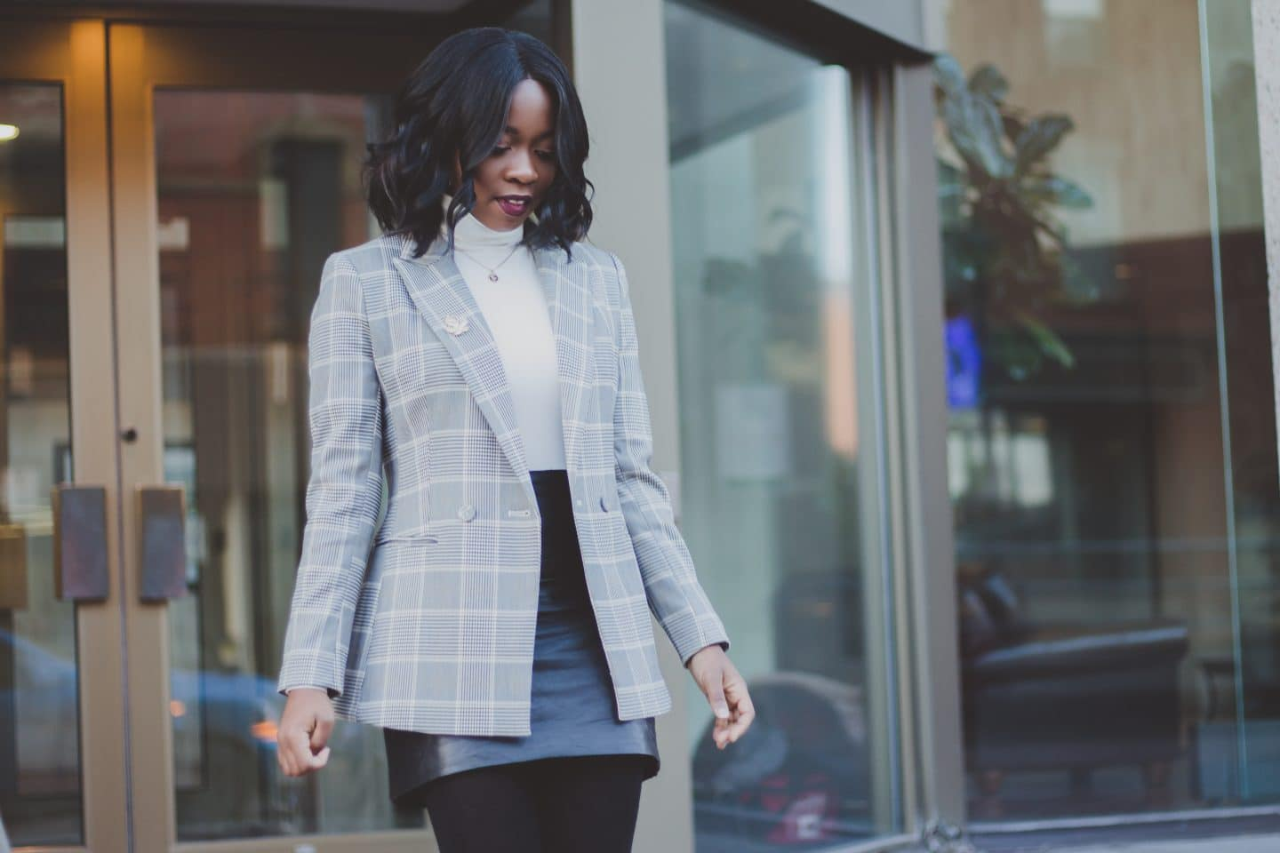 THE PERFECT BLAZER FOR A PRODUCTIVE MONDAY
